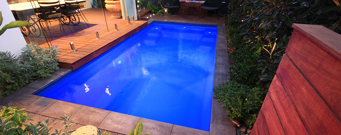 Small fibreglass swimming pools nepean pools sydney for Garten pool 2 5m